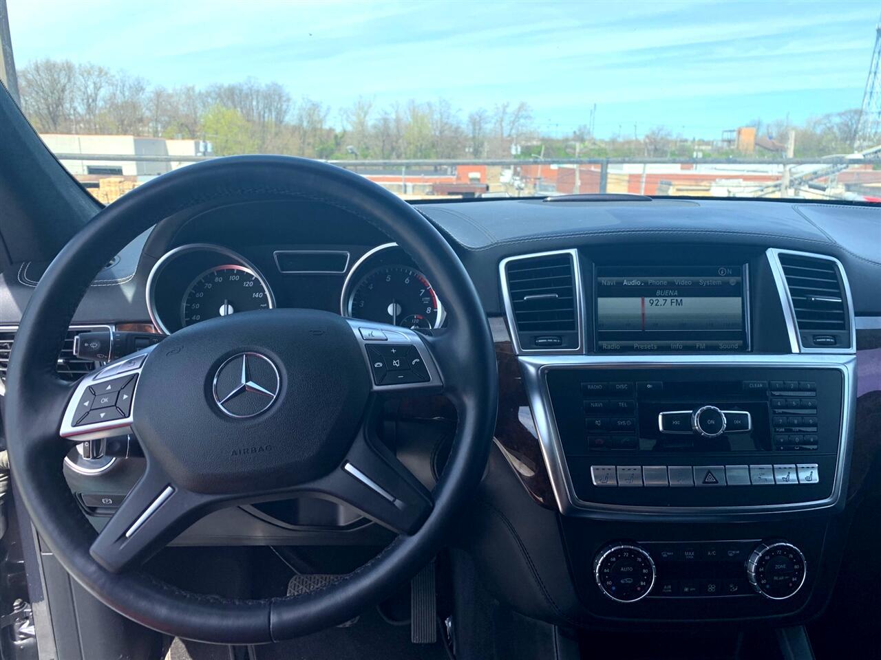 Mercedes-Benz GL-Class GL550 4MATIC 2014