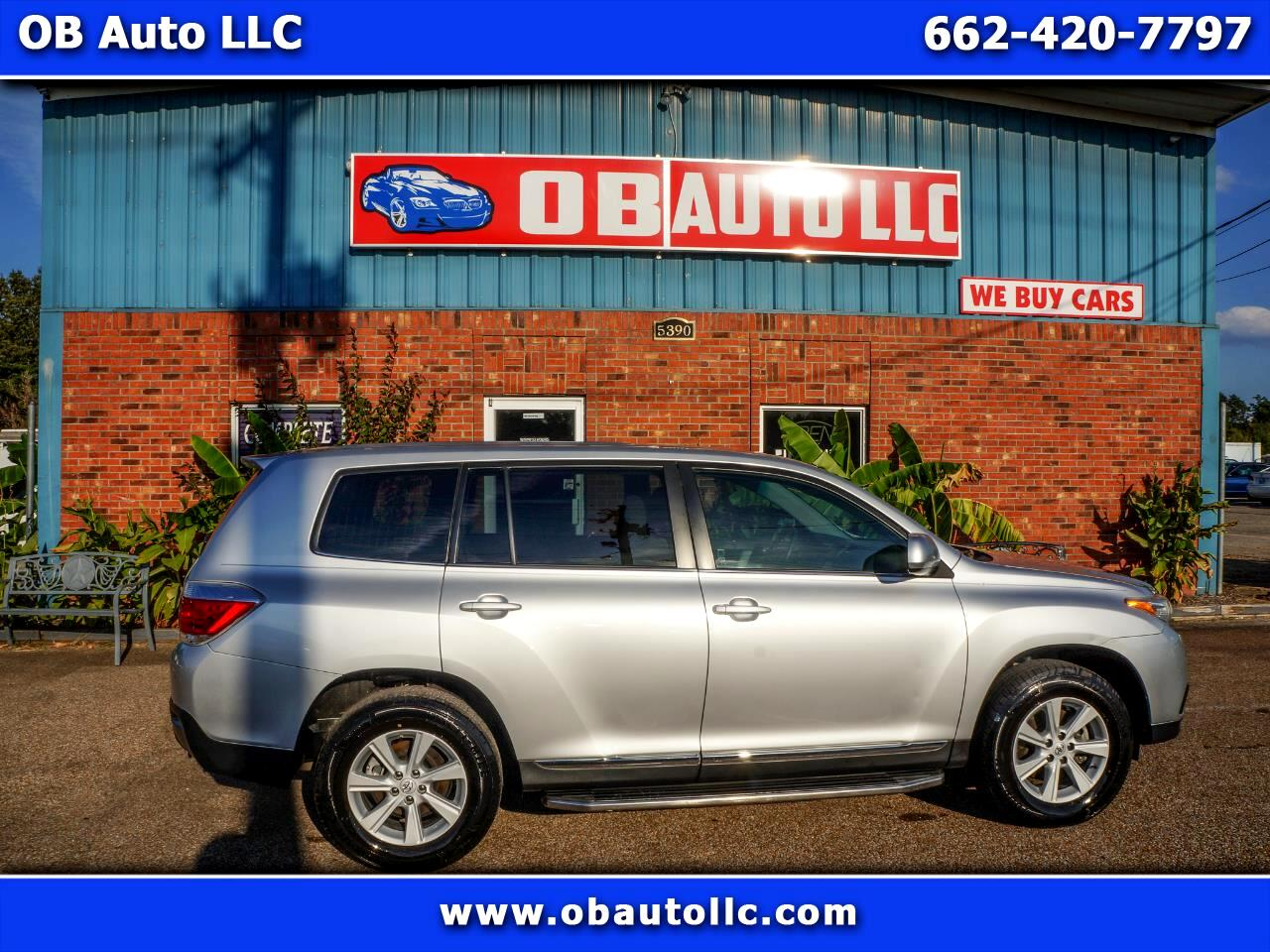 Toyota Highlander Base 2WD V6 2013