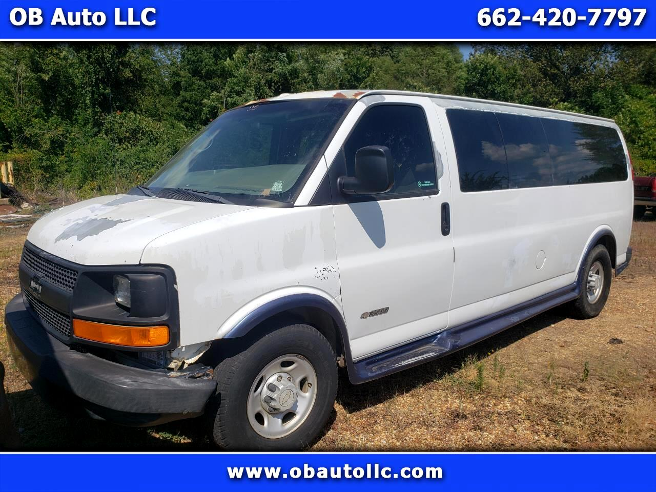 Chevrolet Express 3500 Extended 2005