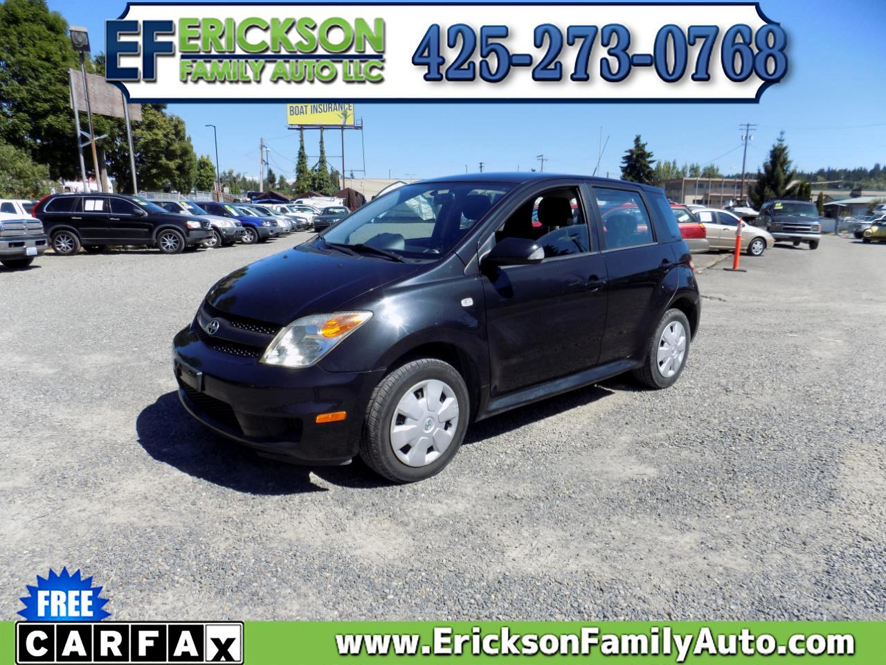 Scion xA 4dr HB Manual (Natl) 2006