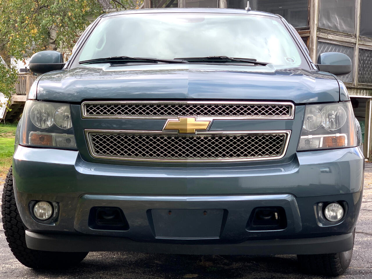 Chevrolet Suburban LT 1500 4WD 2010