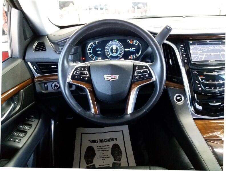 2017 Cadillac Escalade Luxury 2WD