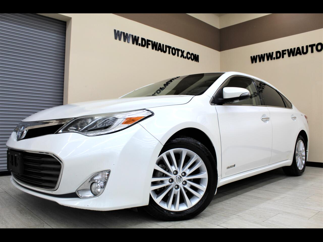 Toyota Avalon Hybrid Limited 2014