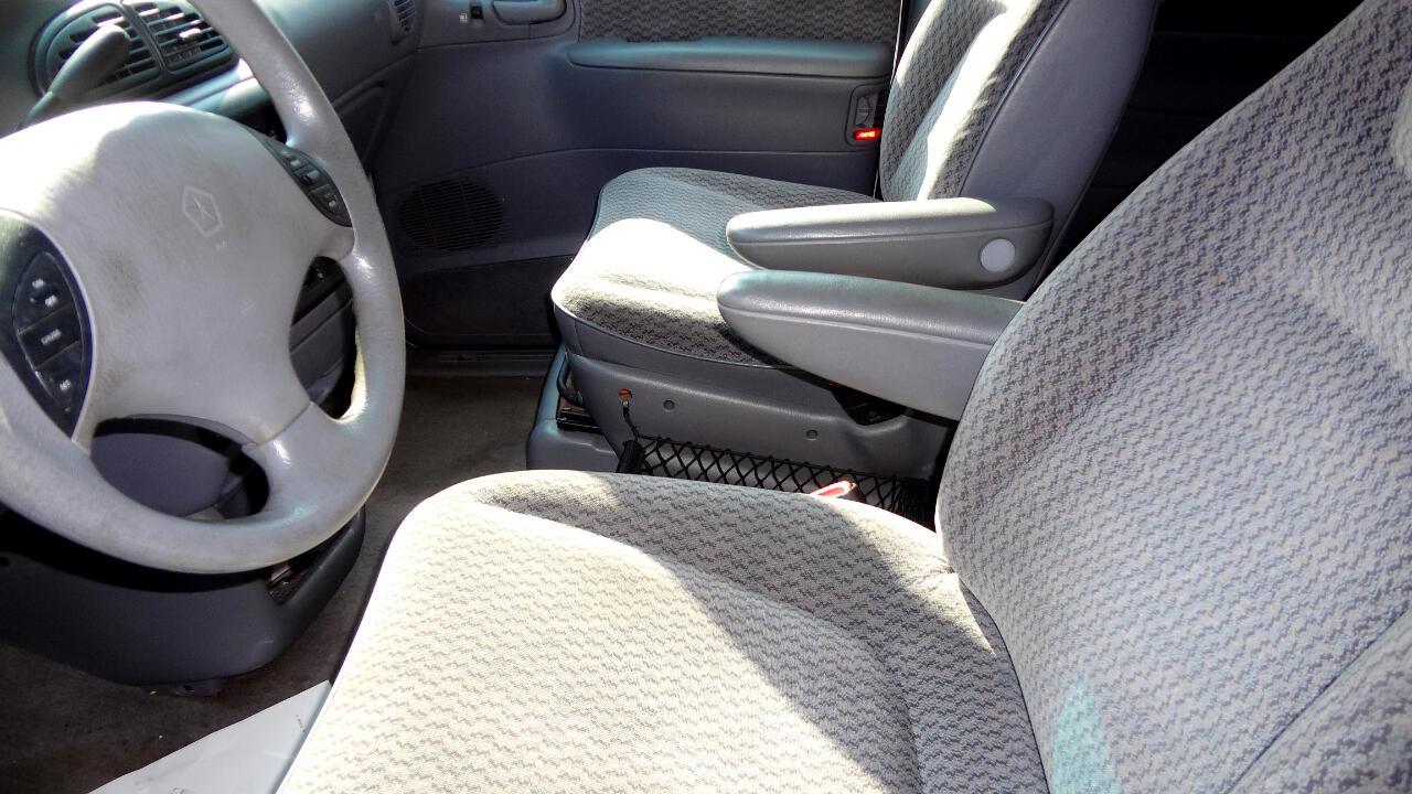 Chrysler Voyager  2000