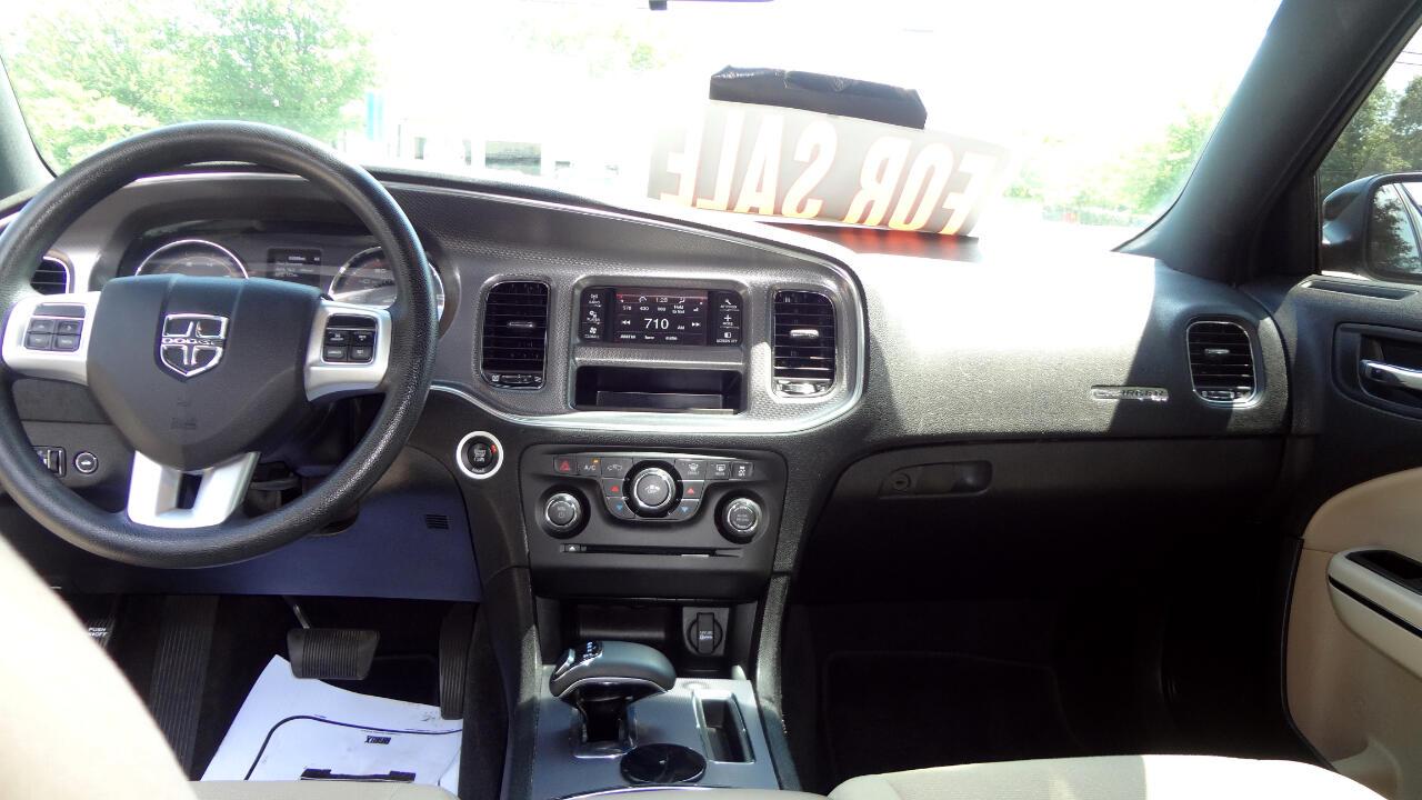 Dodge Charger SE 2014