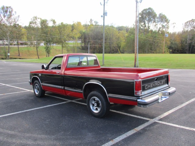 1987 Chevrolet S10 Regular Cab 2WD