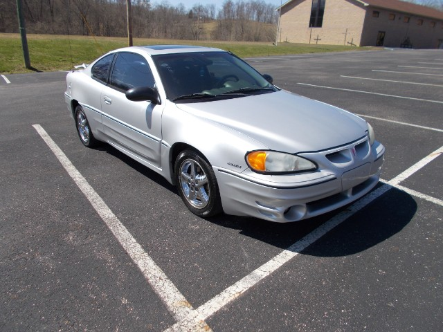 2002 Pontiac Grand Am GT1 coupe