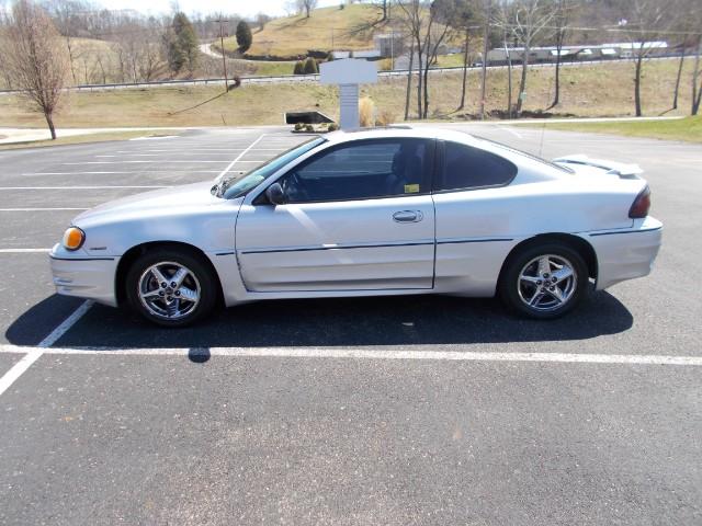 Pontiac Grand Am GT1 coupe 2002