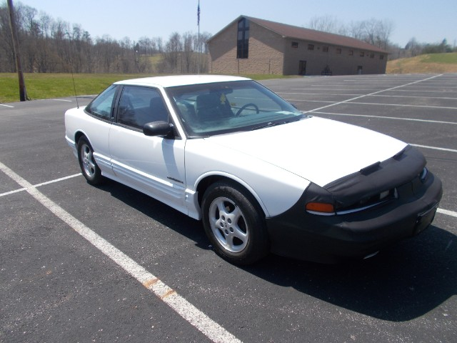 1994 Oldsmobile Cutlass Supreme SD coupe
