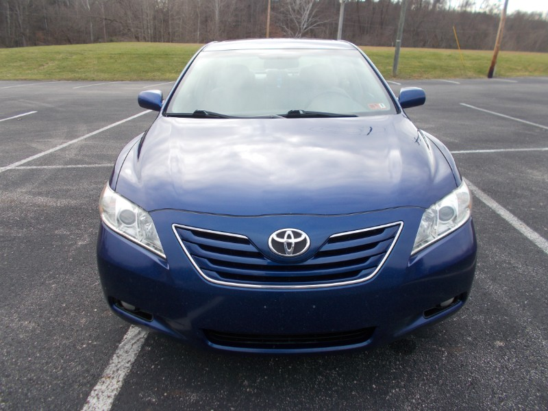 2009 Toyota Camry LE V6 6-Spd AT
