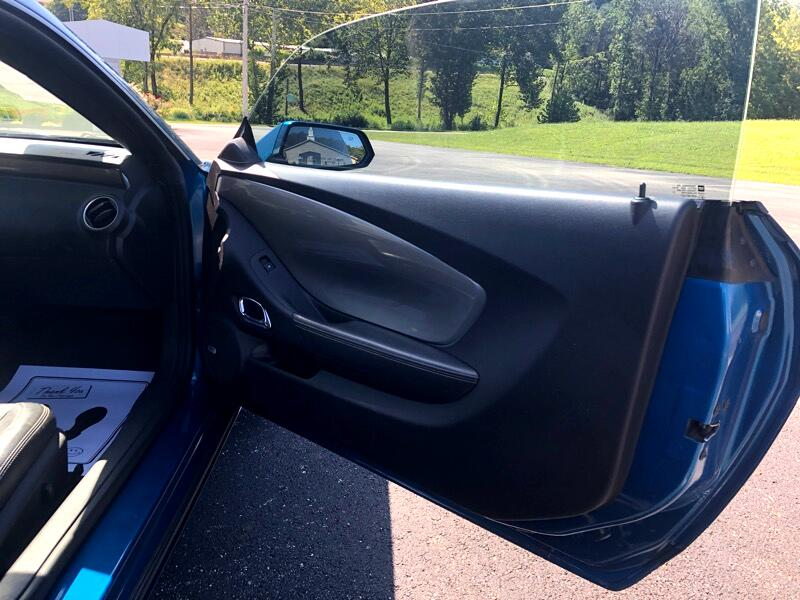 2010 Chevrolet Camaro 2dr Cpe 2LT