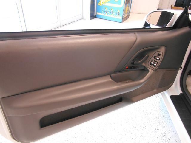 Chevrolet Camaro 1SS Convertible 1997