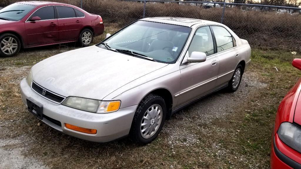 1996 Honda Accord Sdn 4dr Sdn EX Manual