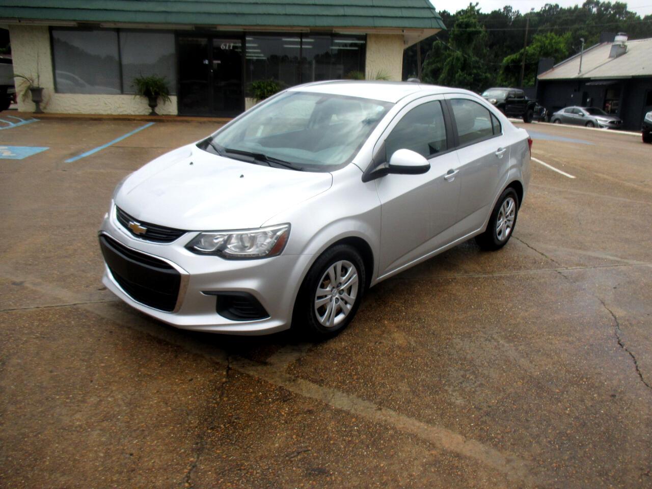Chevrolet Sonic 4dr Sdn Auto LS 2017