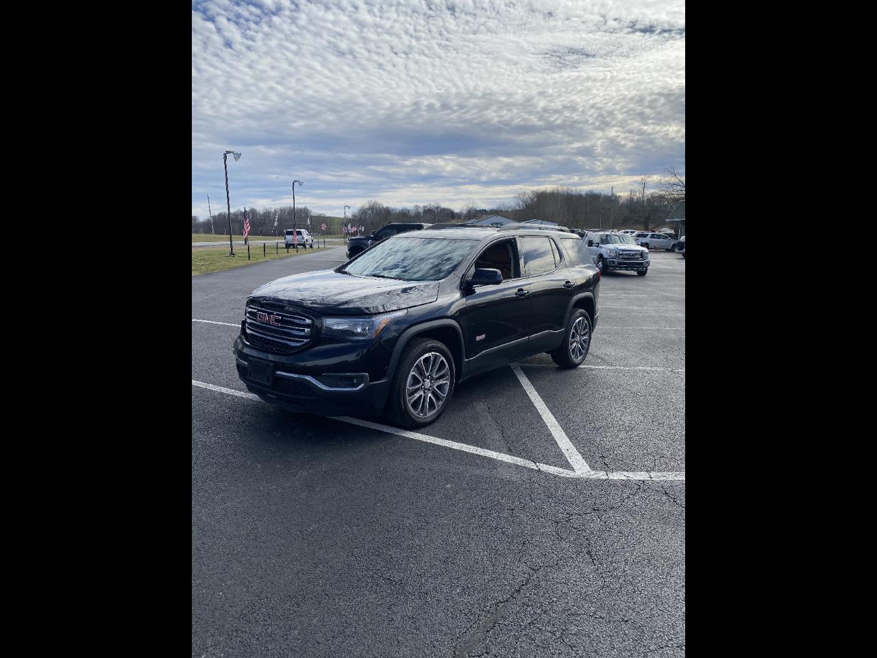 GMC Acadia AWD 4dr AT4 2017