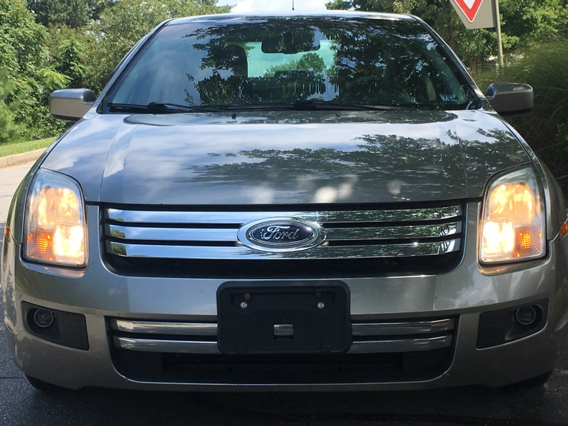 2009 Ford Fusion 4dr Sdn I4 SE