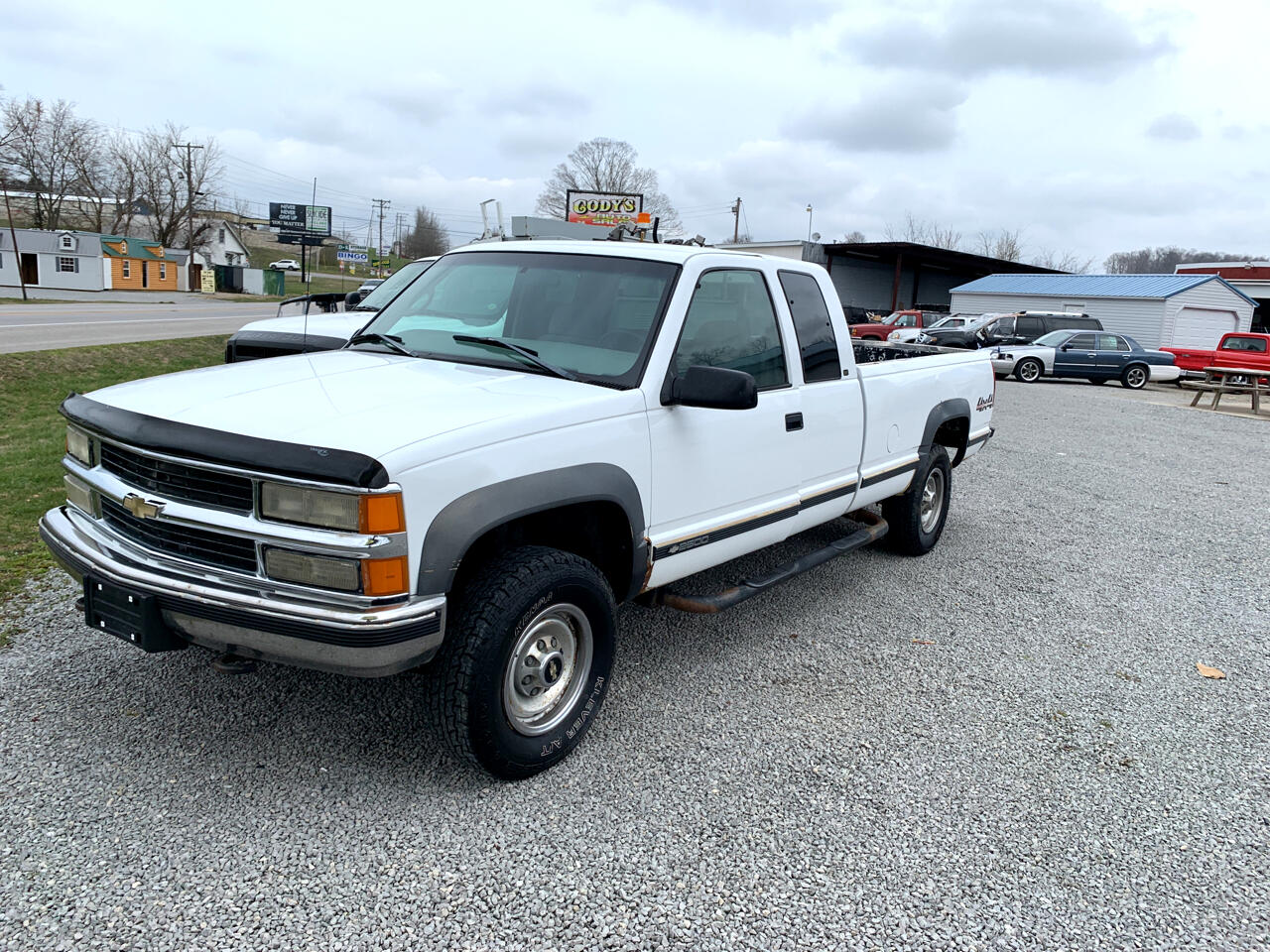 Chevrolet C/K 2500 Ext. Cab 6.5-ft. Bed 4WD 1998