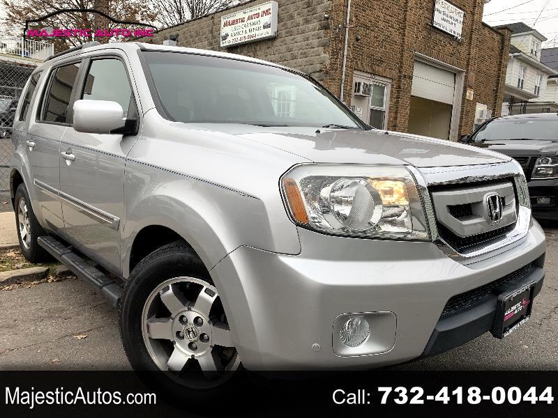 Honda Pilot Touring 4WD 5-Spd AT with DVD 2011