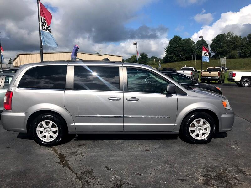 Chrysler Town & Country 4dr Wgn Touring w/Leather 2013