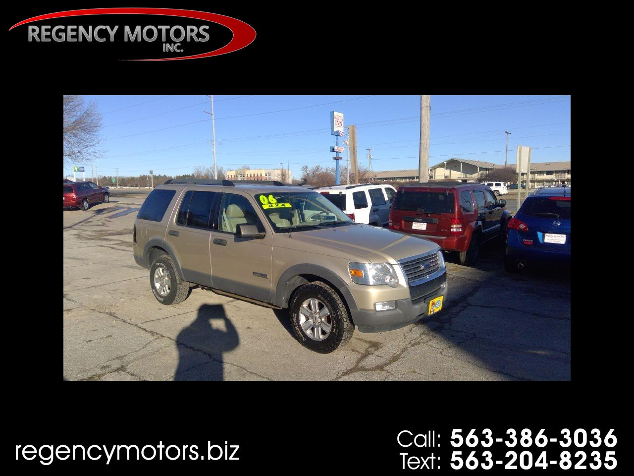 Ford Explorer XLT 4.6L 4WD 2006