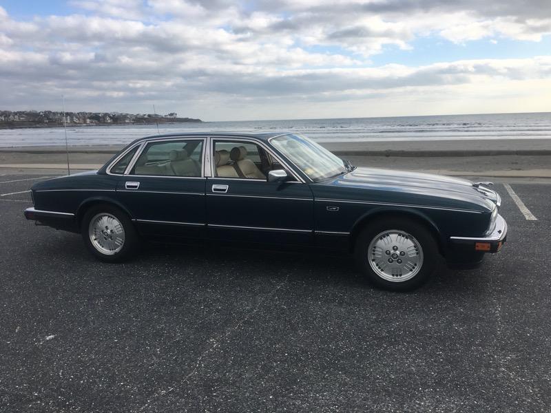 Jaguar XJ Sedan Vanden Plas 1994