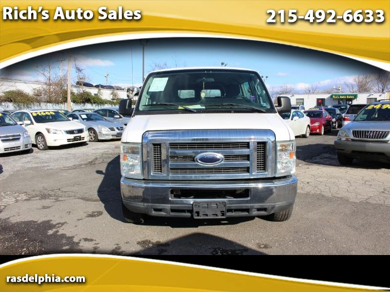 Ford Econoline E-350 XL Super Duty Extended 2010