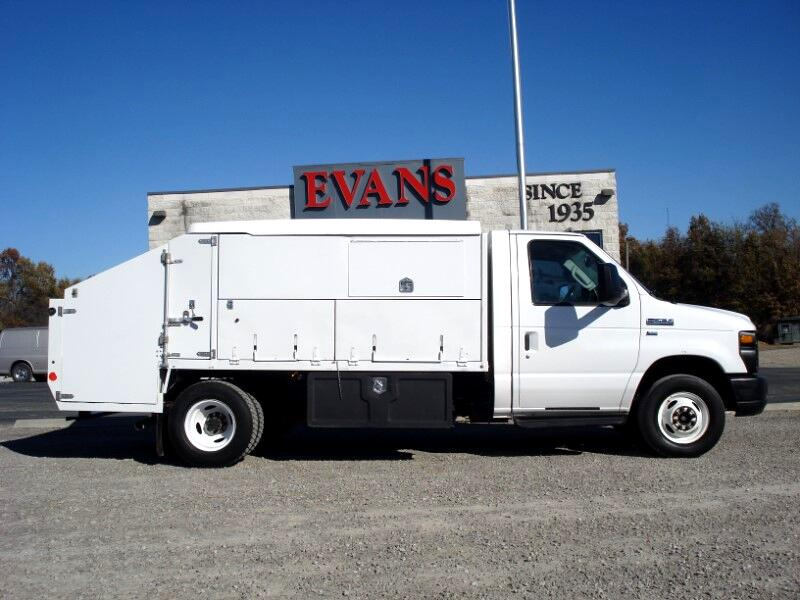 2012 Ford Econoline E-450 DUAL REAR WHEELS