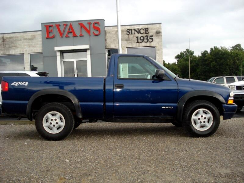 2000 Chevrolet S10 Pickup LS Short Bed 4WD