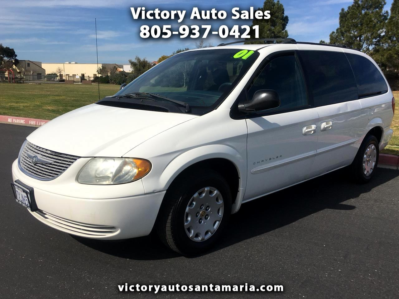Chrysler Town & Country LX 2001