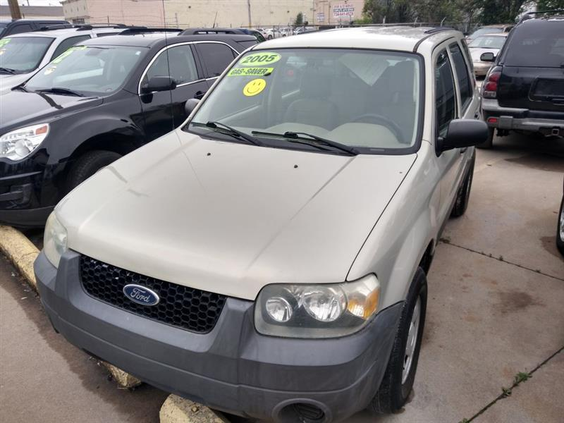 Ford Escape XLS 2WD 2005