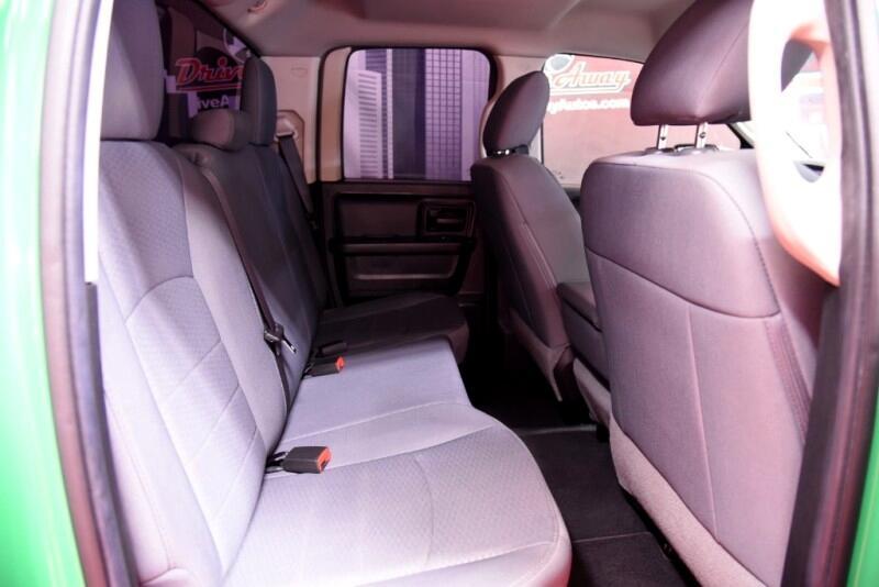 RAM 1500 Tradesman Quad Cab 2WD 2016