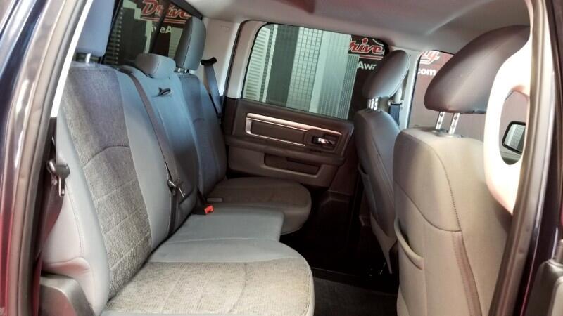 RAM 1500 SLT Crew Cab SWB 2WD 2016