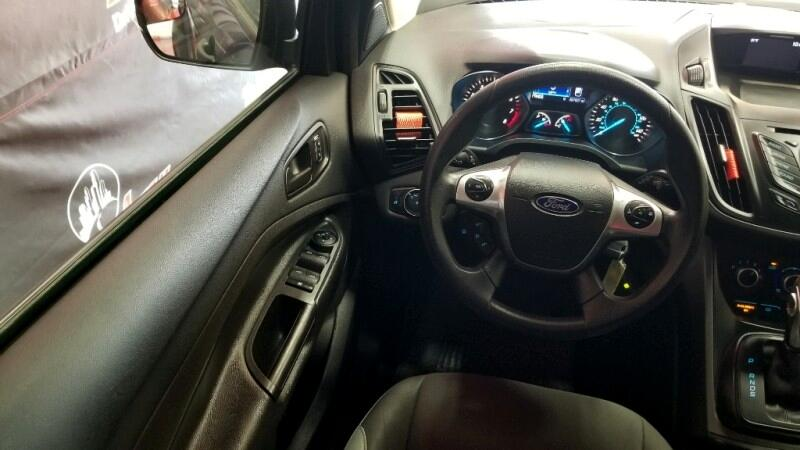 Ford Escape S FWD 2016