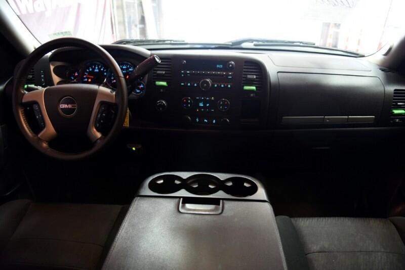 GMC Sierra 1500 SLE Crew Cab 4WD 2013