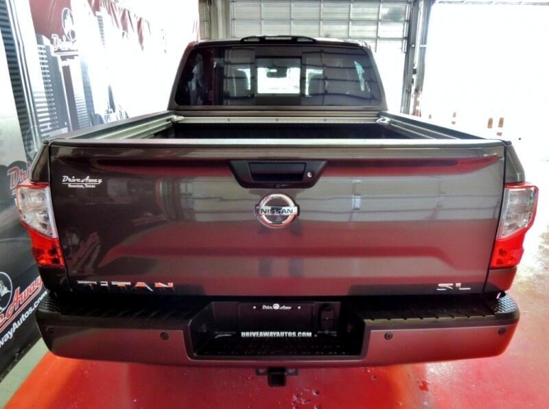 Nissan Titan SV Crew Cab 2WD 2017