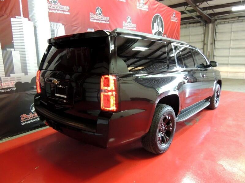 Chevrolet Suburban LT 4WD 2016