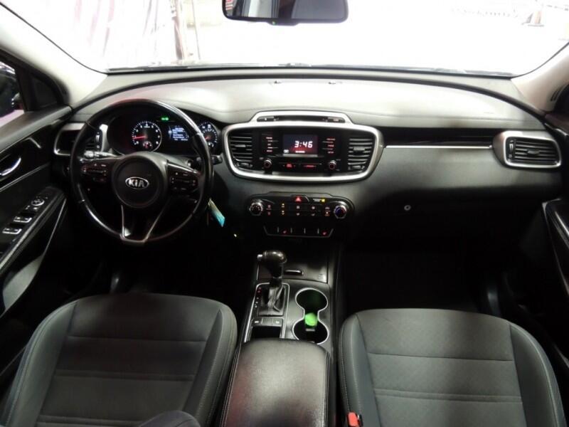 Kia Sorento LX 2WD 2016