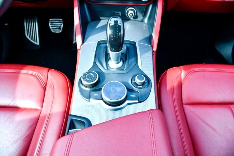 Alfa Romeo Stelvio Sport 2018