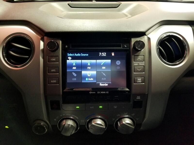 Toyota Tundra SR5 5.7L V8 FFV CrewMax 4WD 2018