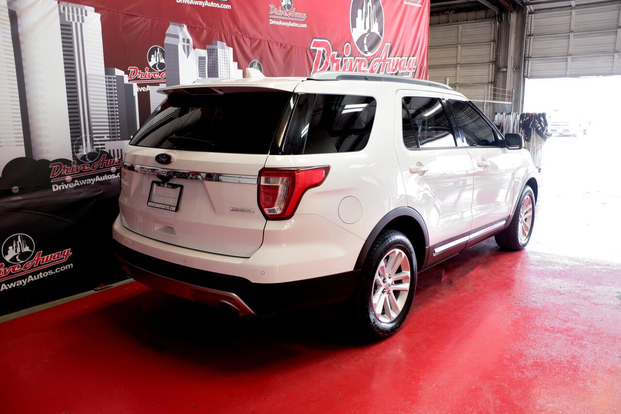 Ford Explorer XLT FWD 2016