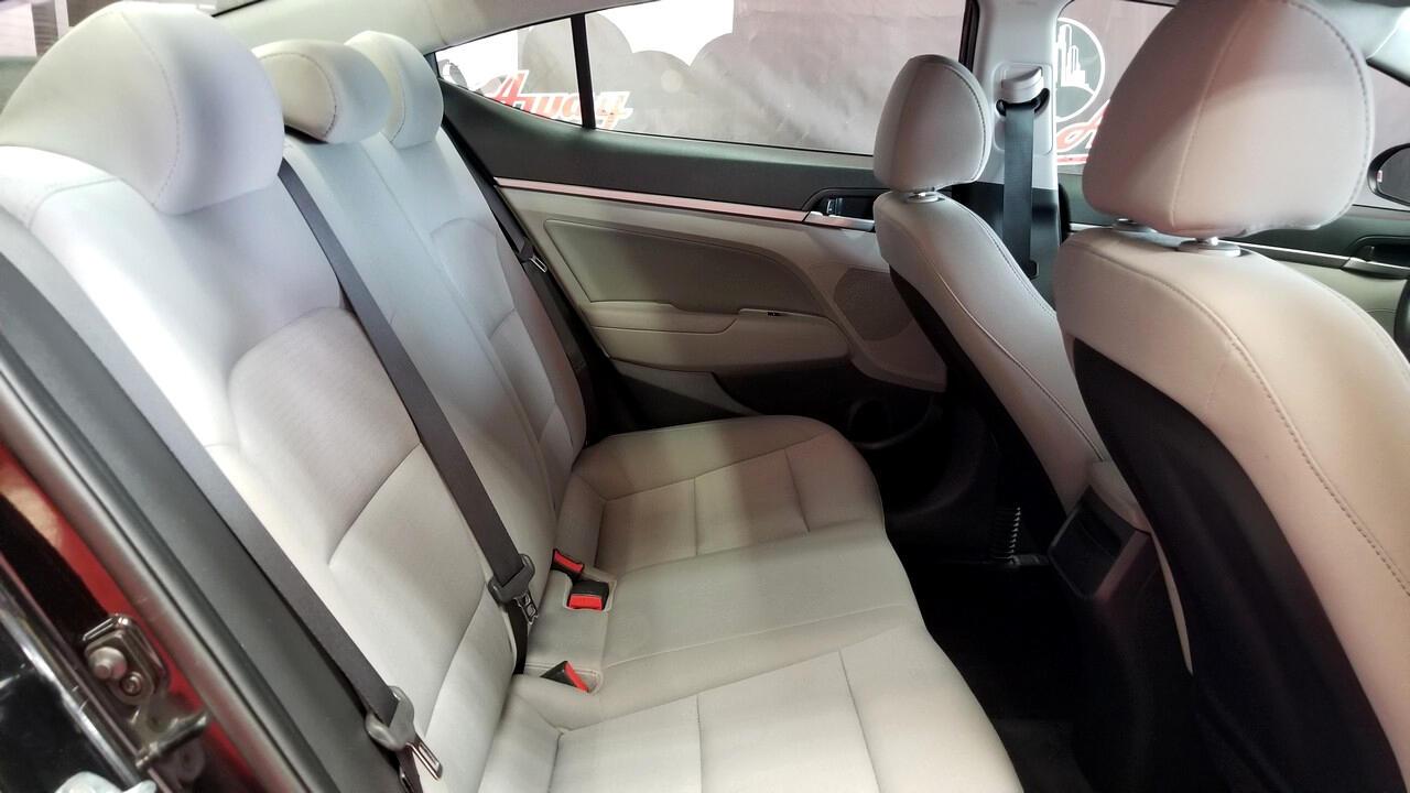 Hyundai Elantra Limited 2018