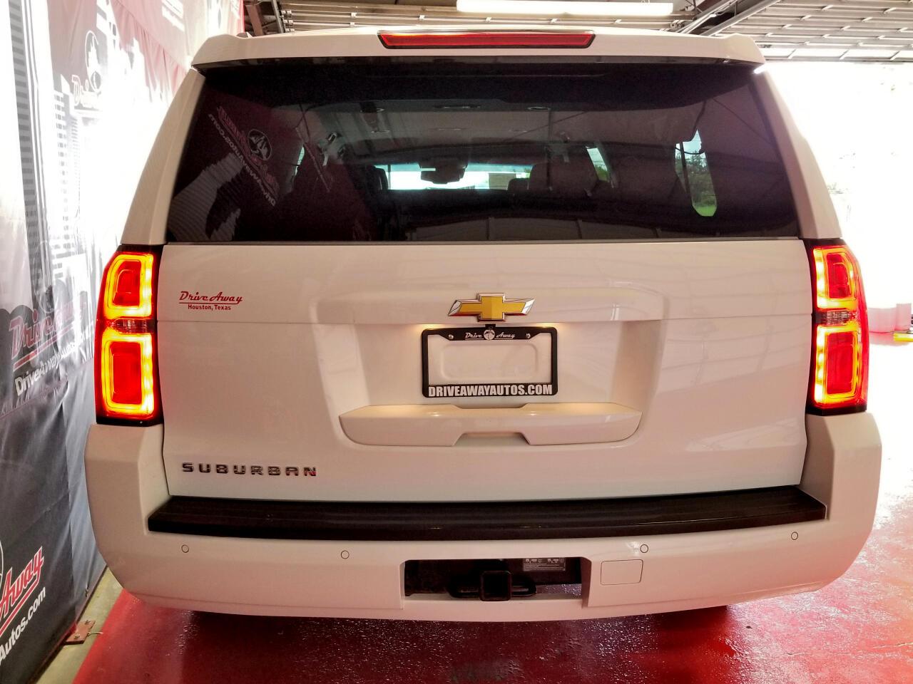 Chevrolet Suburban LT 1500 2WD 2015