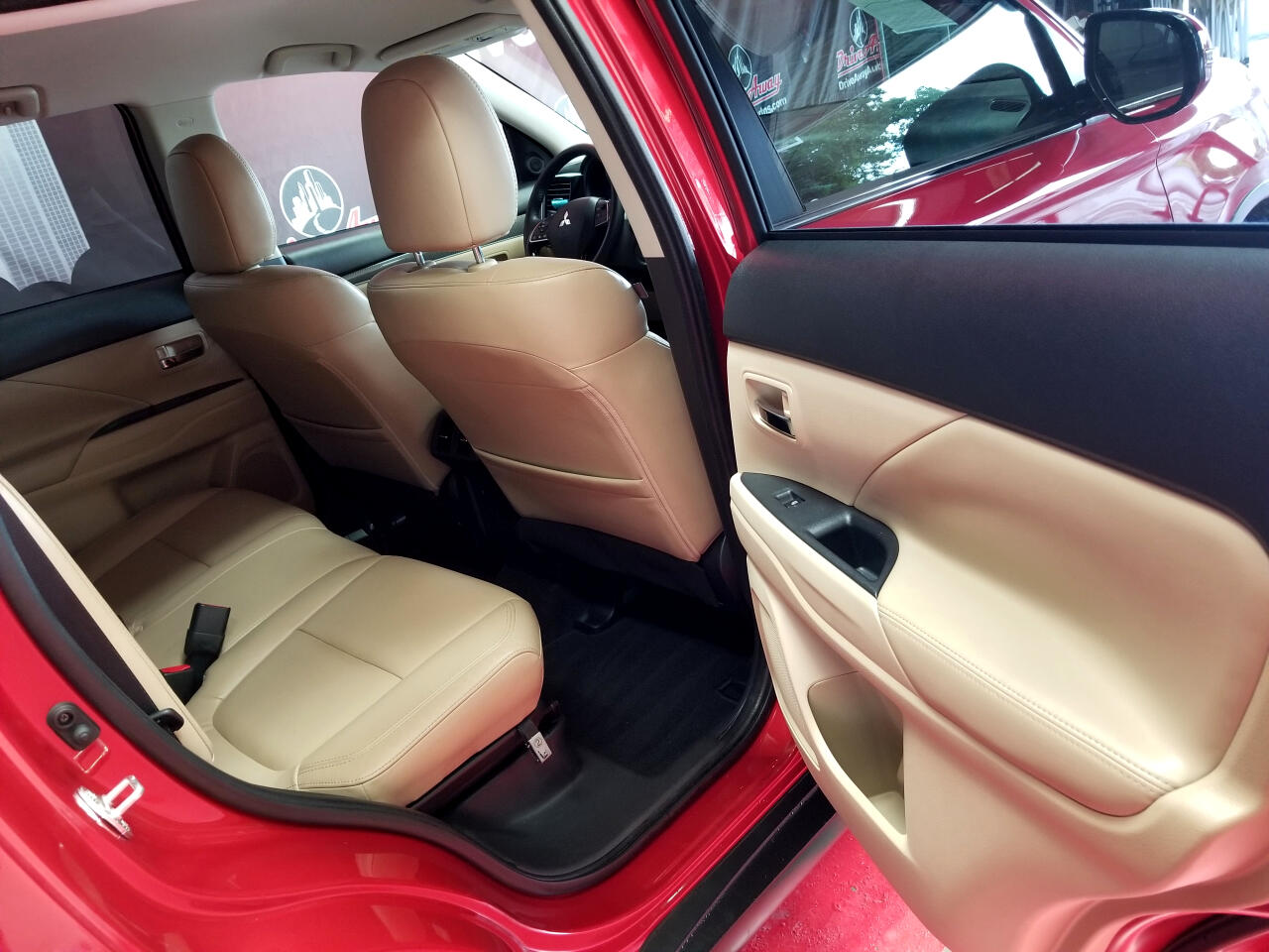 Mitsubishi Outlander SE 2WD 2019