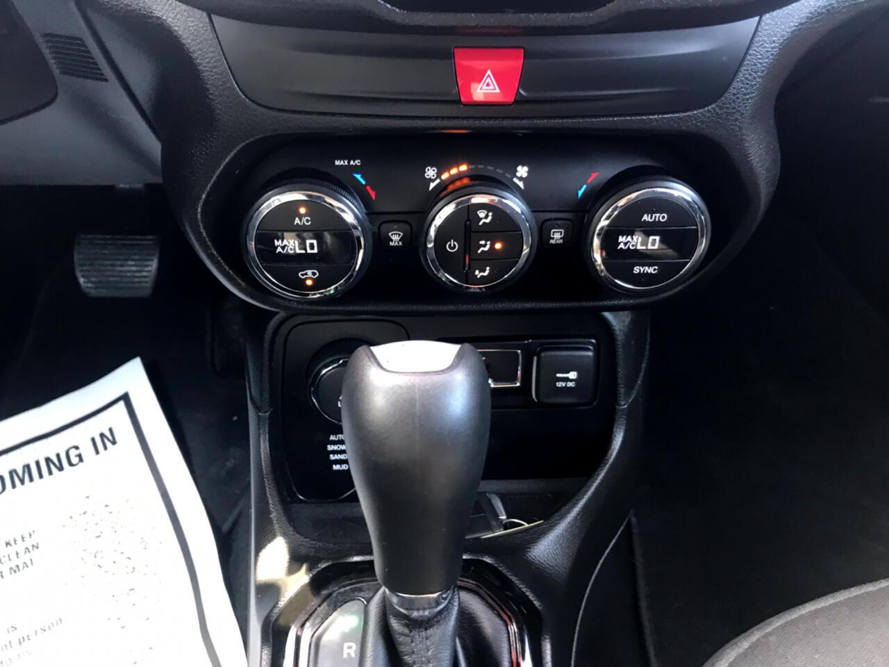 Jeep Renegade Latitude 4WD 2016