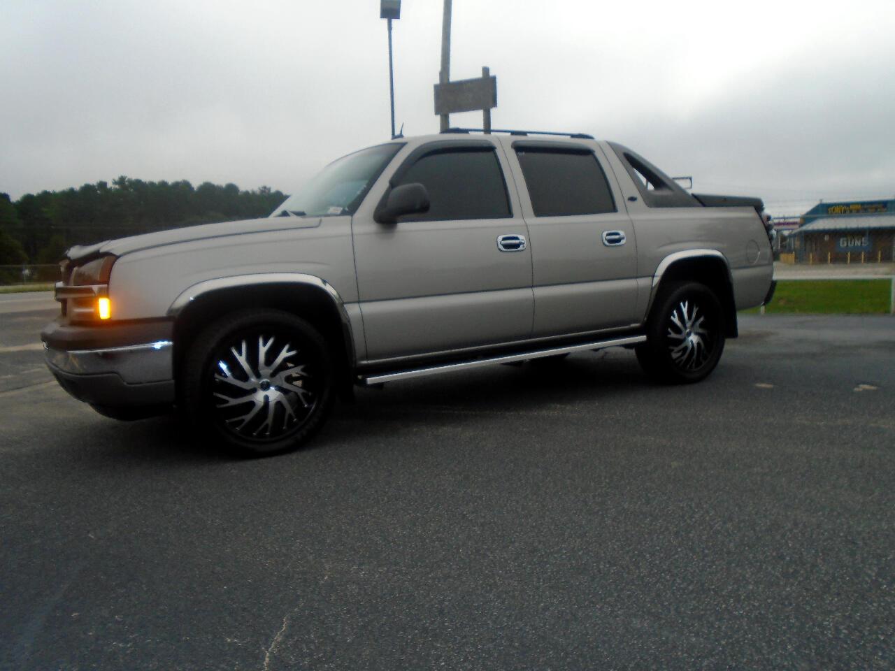 Chevrolet Avalanche 1500 2WD 2005