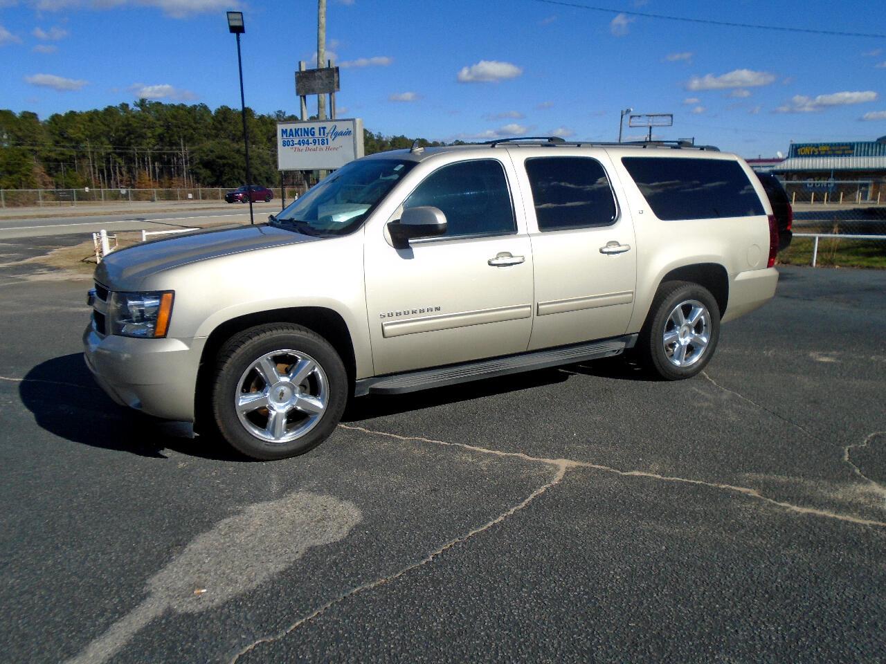 Chevrolet Suburban LT 1500 2WD 2013