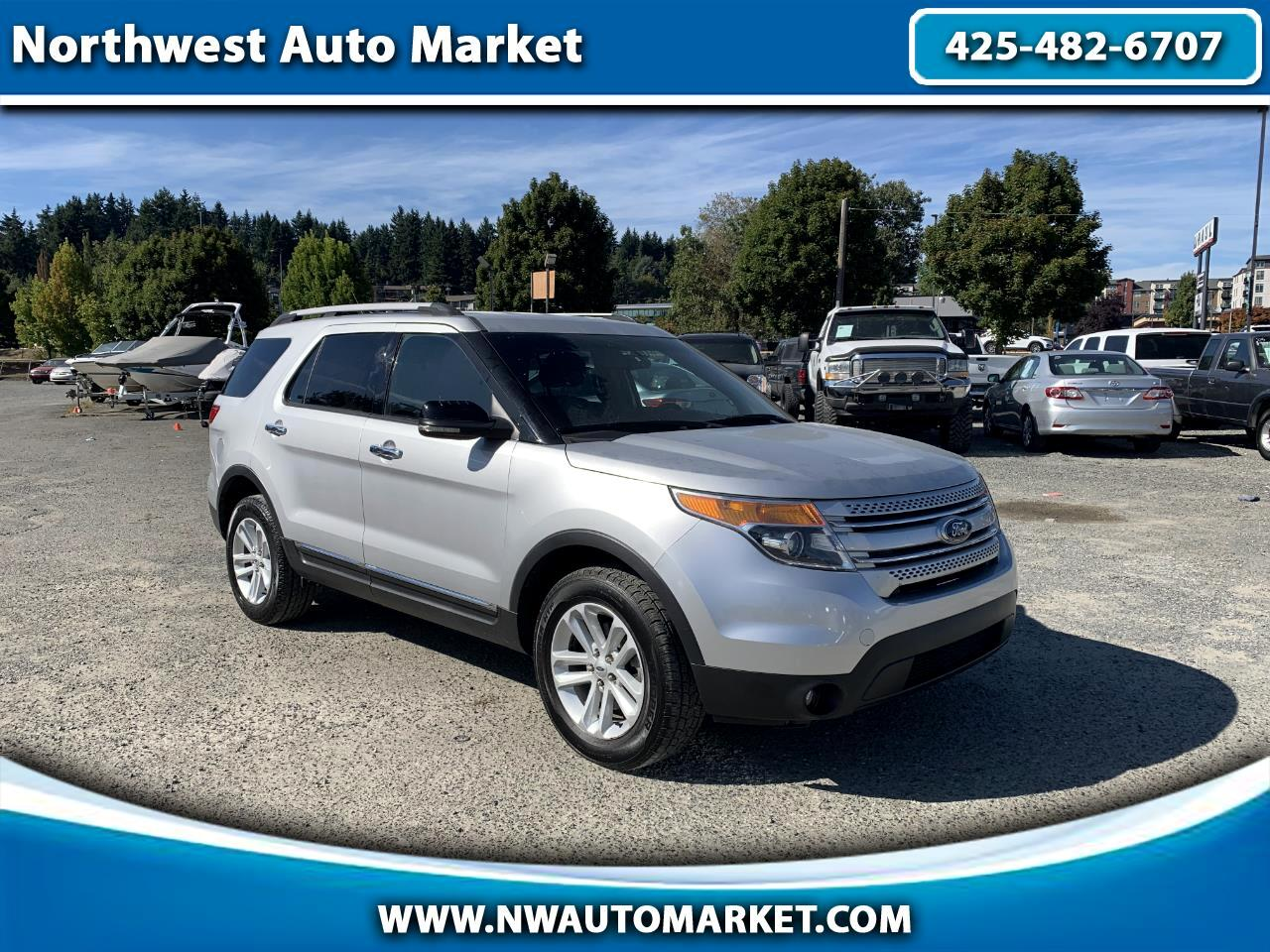 Ford Explorer XLT 4WD 2013