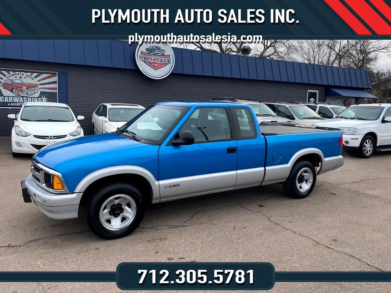 Chevrolet S10 Pickup LS Ext. Cab Short Bed 2WD 1994