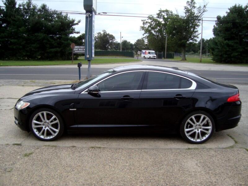 Jaguar XF-Series  2010