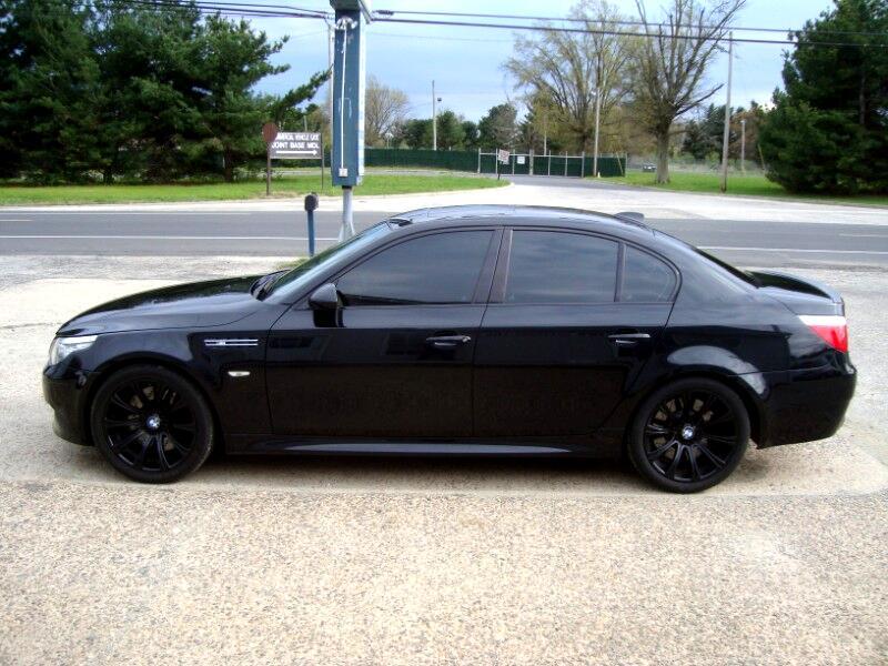 BMW M5  2010